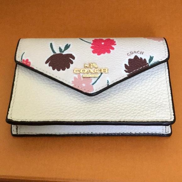 408054a39388 Coach envelope card case